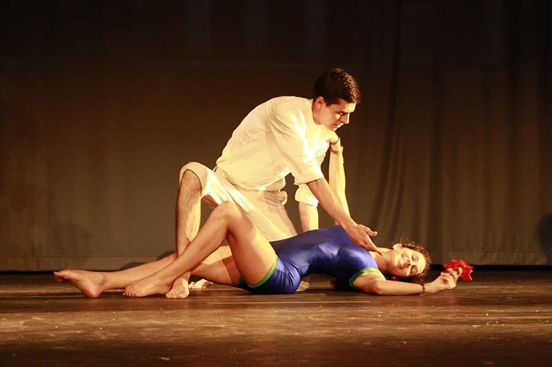 "La Escuela Municipal de Danza Maika Lerín pone a escena ""La espina de la rosa"""