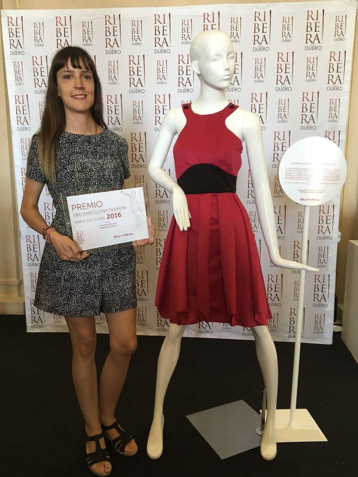 Georgina Bosch, alumna del CIFP Las Indias, gana el Premio Ribera del Duero al Mejor Diseñador Novel