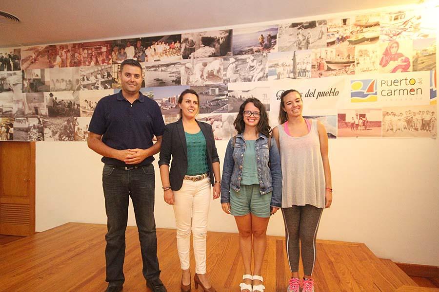 La joven Gemma Navarro gana el IV Certamen Literario 'Cartas para una fiesta'