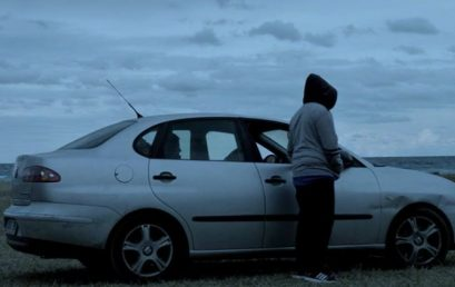 El LEAL.LAV presenta Crudo ingente, un espectáculo que transcurre en el interior de un vehículo aparcado en la calle