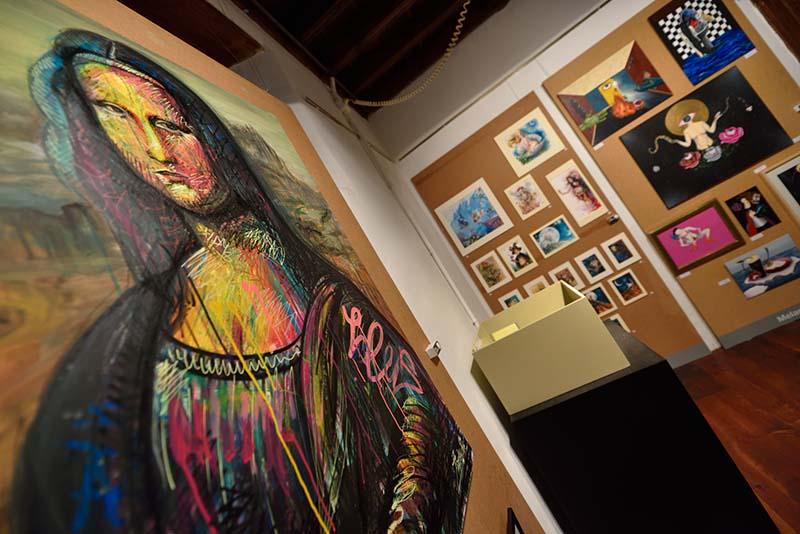 El talento creativo de los jóvenes se muestra en Merkarte Supermercado del Arte